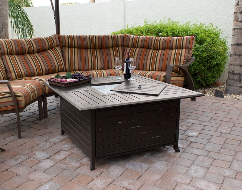 Outdoor Aluminum Fire Pit table in Hammered Bronze