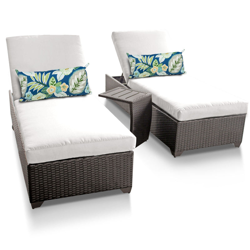 Classic Chaise Set of 2 Outdoor Wicker Patio Furniture With Side Table