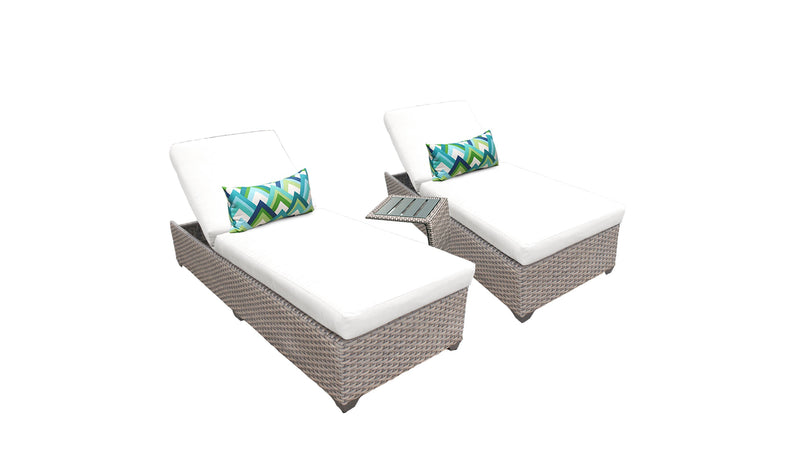 Monterey Chaise Set of 2 Outdoor Wicker Patio Furniture With Side Table