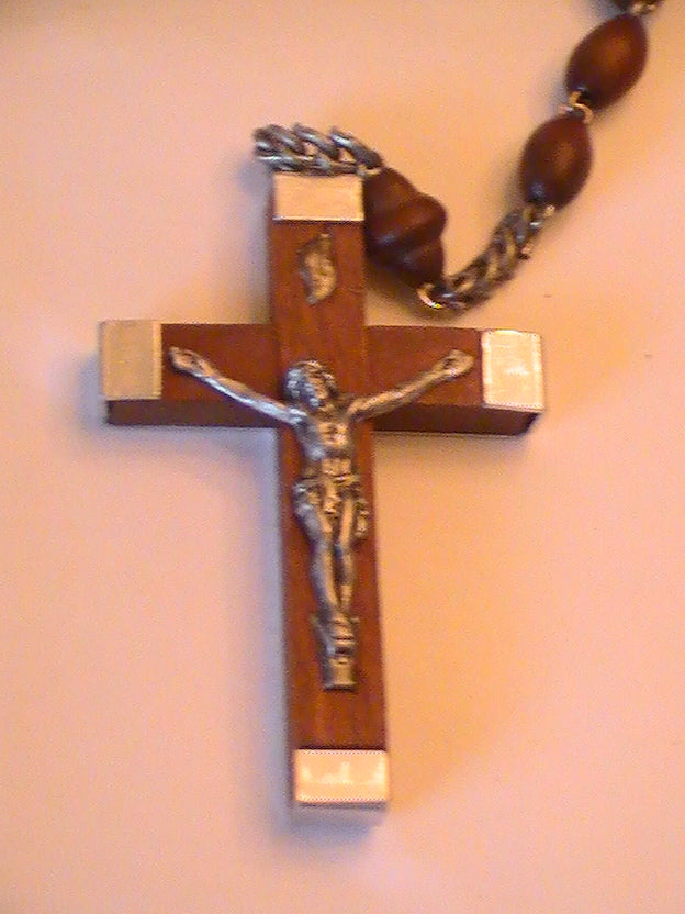 FROM THE SACRED CHAPEL-- ROSARIES OF THE CHAPEL 1