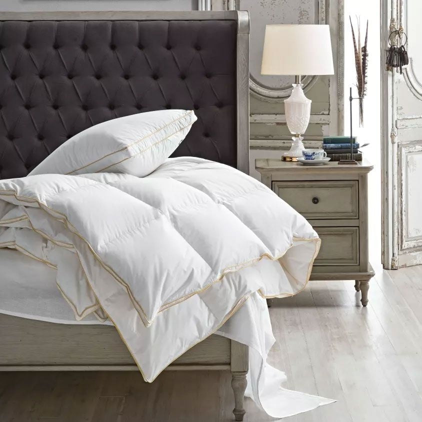 Downia Gold Collection Quilt for Autumn and Winter