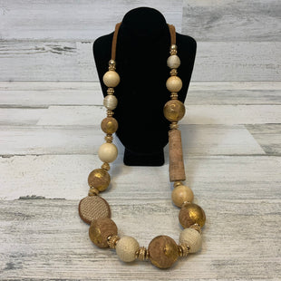Primary Photo - BRAND: CHICOS O STYLE: NECKLACE COLOR: GOLD OTHER INFO: GOLD/CORK BEADS-LEATHER CHAIN SKU: 132-13260-14078