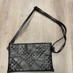 Primary Photo - BRAND:    CLOTHES MENTOR STYLE: HANDBAG COLOR: BLACK SIZE: SMALL SKU: 132-13288-20820