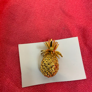 Primary Photo - BRAND:    CLOTHES MENTOR STYLE: PIN COLOR: GOLD OTHER INFO: PINEAPPLE SKU: 132-13262-40087