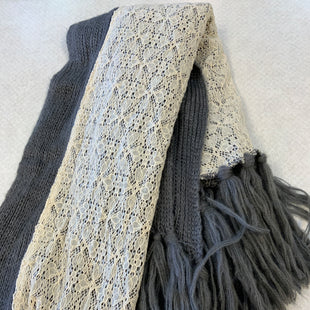 Primary Photo - BRAND:    CLOTHES MENTOR STYLE: SCARF WINTER COLOR: GREY OTHER INFO: TILDEN - WITH CREAM LACE SKU: 132-13219-192632