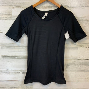 Primary Photo - BRAND: LULULEMON STYLE: ATHLETIC TOP SHORT SLEEVE COLOR: BLACK SIZE: S OTHER INFO: 4 SKU: 132-13228-164622