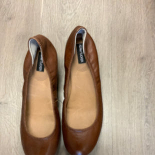 Primary Photo - BRAND: ADAM TUCKER STYLE: SHOES LOW HEEL COLOR: BROWN SIZE: 9.5 SKU: 132-13219-197927