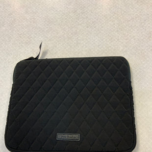 Primary Photo - BRAND: VERA BRADLEY CLASSIC STYLE: ACCESSORY TAG COLOR: BLACK RED OTHER INFO: IPAD CASE SKU: 132-13262-40441