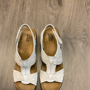 Primary Photo - BRAND: CLARKS STYLE: SANDALS FLAT COLOR: WHITE SIZE: 7 SKU: 132-13281-13904