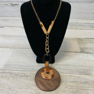 Primary Photo - BRAND: CHICOS O STYLE: NECKLACE COLOR: BROWN OTHER INFO: WOODEN PENDANT SKU: 132-13260-14076