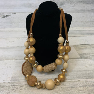 Primary Photo - BRAND: CHICOS O STYLE: NECKLACE COLOR: GOLD OTHER INFO: GOLD/WOODEN BEADS- DOUBLE LEATHER CHAIN SKU: 132-13260-14077