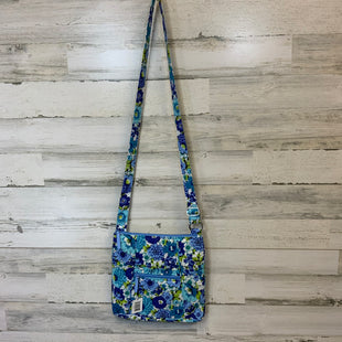 Primary Photo - BRAND: VERA BRADLEY CLASSIC STYLE: HANDBAG COLOR: BLUE SIZE: MEDIUM OTHER INFO: BLUEBERRY BLOOMS HIPSTER 12 X 11 X 1/2 SKU: 132-13262-39300