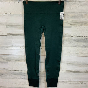 Primary Photo - BRAND: LULULEMON STYLE: ATHLETIC PANTS COLOR: GREEN SIZE: M SKU: 132-13288-20702