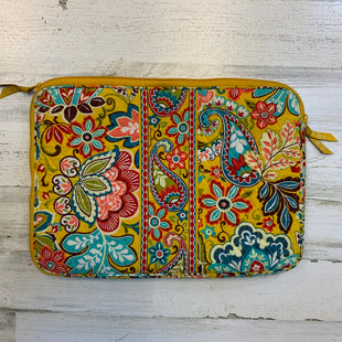 Primary Photo - BRAND: VERA BRADLEY CLASSIC STYLE: LAPTOP CASE COLOR: YELLOW OTHER INFO: 12X16 SKU: 132-13219-193952