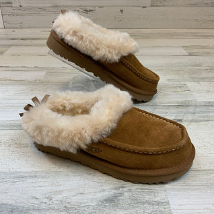 Primary Photo - BRAND: UGG STYLE: SLIPPERS COLOR: BROWN SIZE: 7 SKU: 132-13211-100085