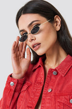 Load image into Gallery viewer, Pia Small Oval Sunglasses - La Hermosa