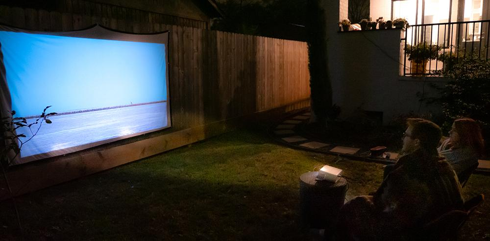 What Is The Best Screen Size for Home Projector?