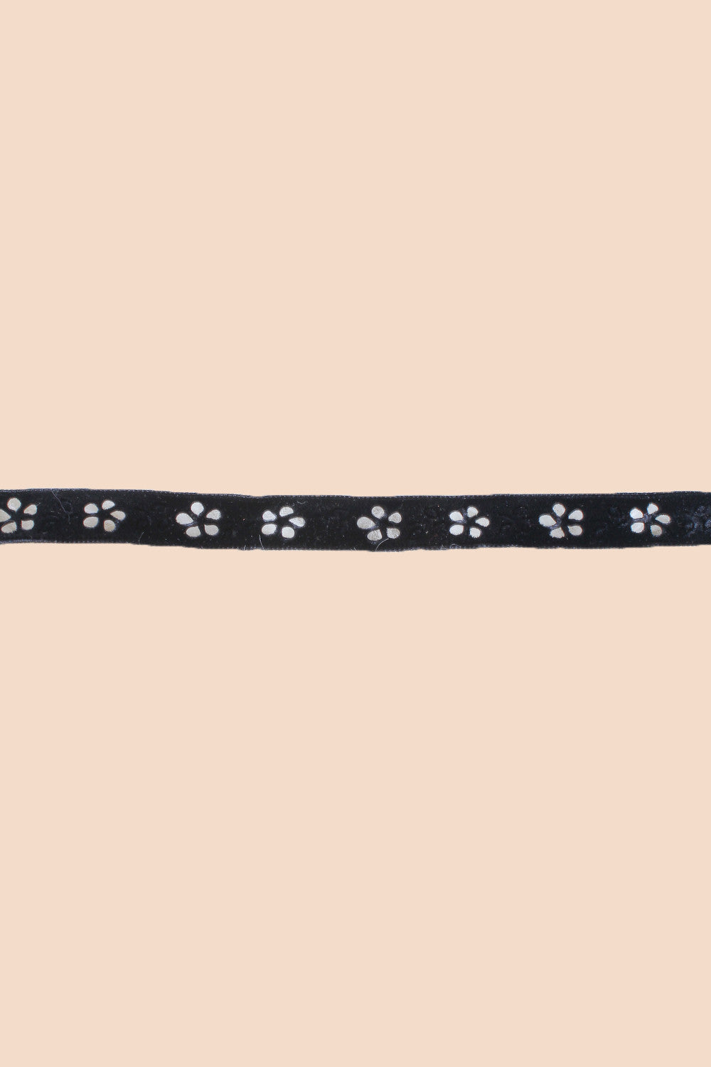 Flower Power Choker in Black