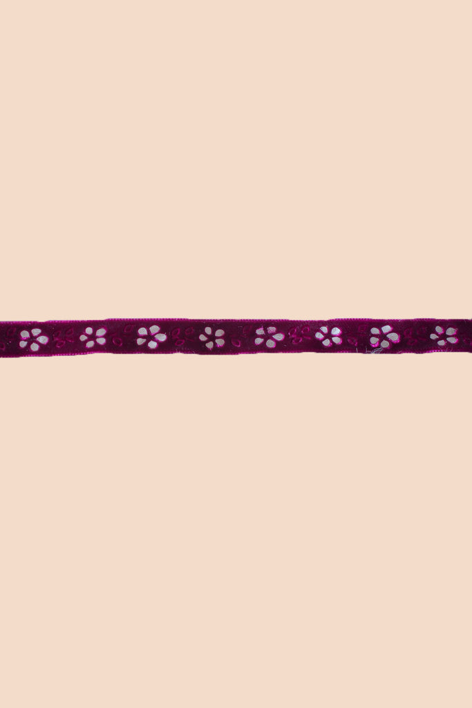 Flower Power Choker in Plum