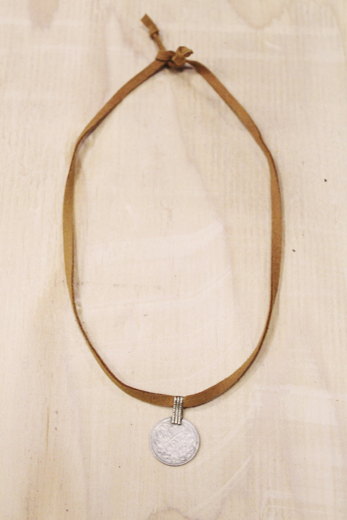 Kashmir Vegan Choker in Tan