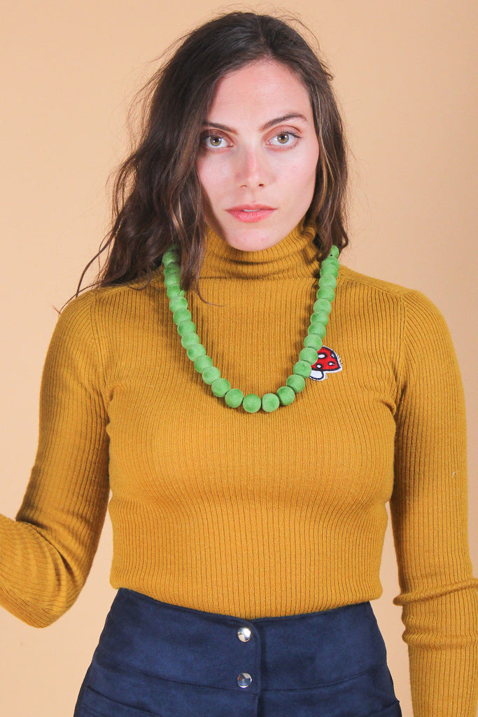 Shelley Duvall Necklace in Green Apple