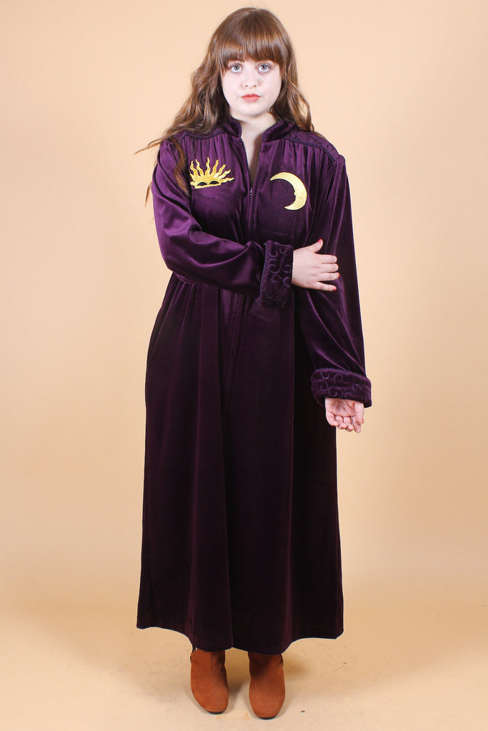 Vintage Zodiac Leader Velvet Maxi-Dress