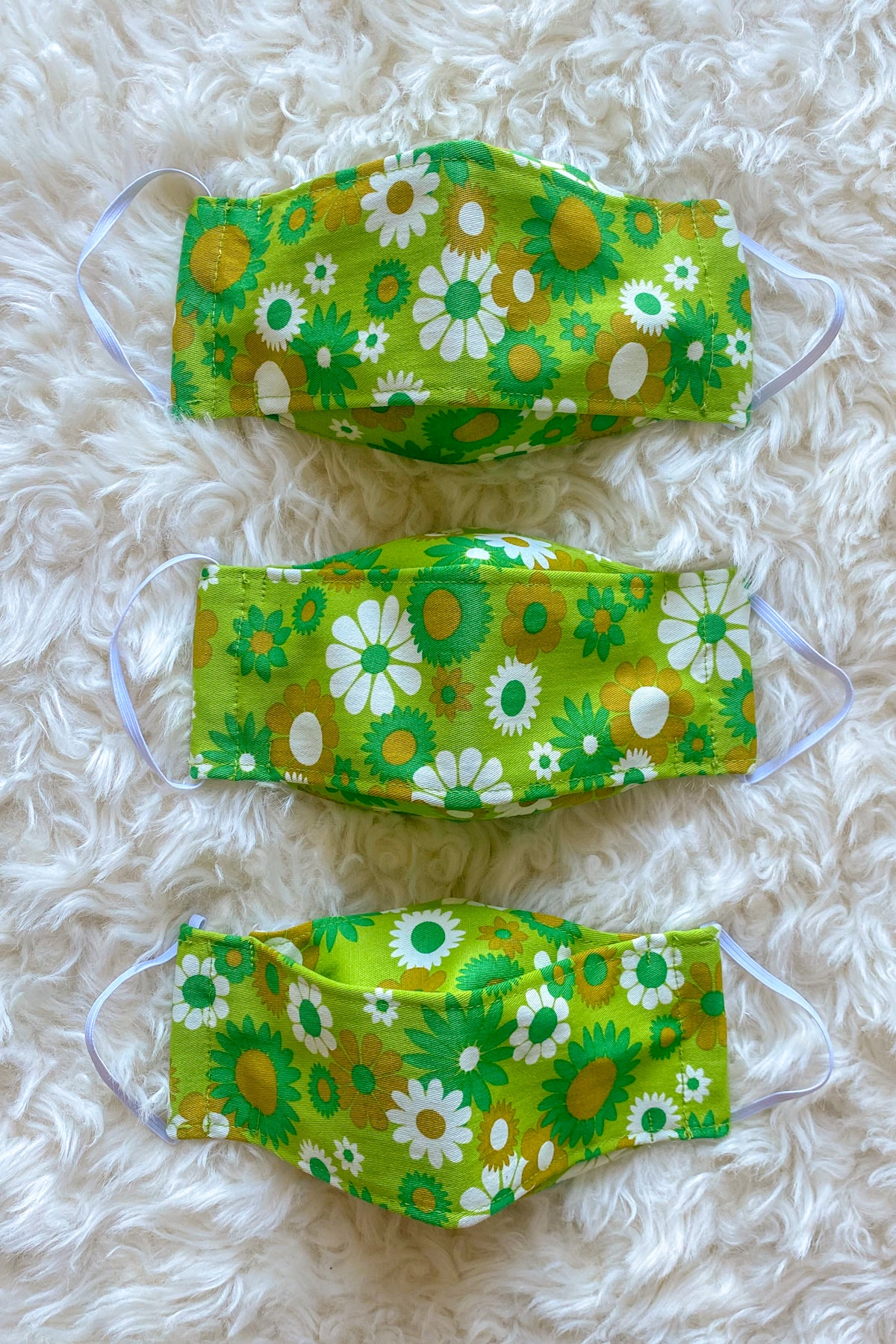 Green Daisy Face Mask + Donation