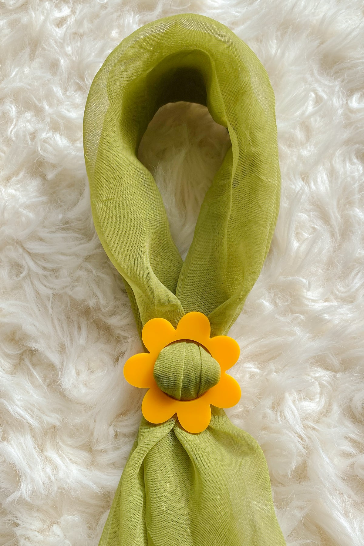Daisy Scarf Slide in Yellow