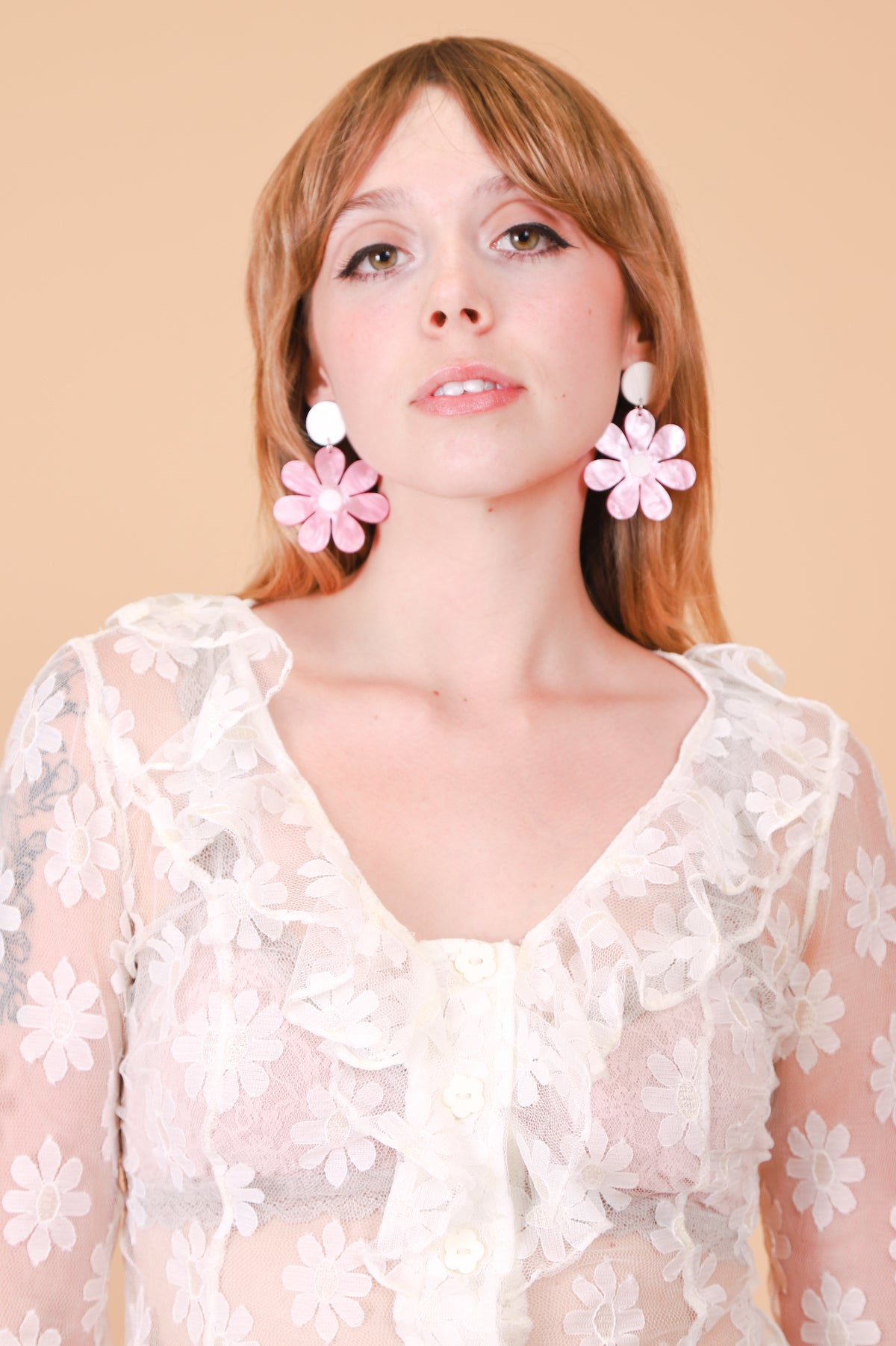 Daisy Earrings in Pink Full