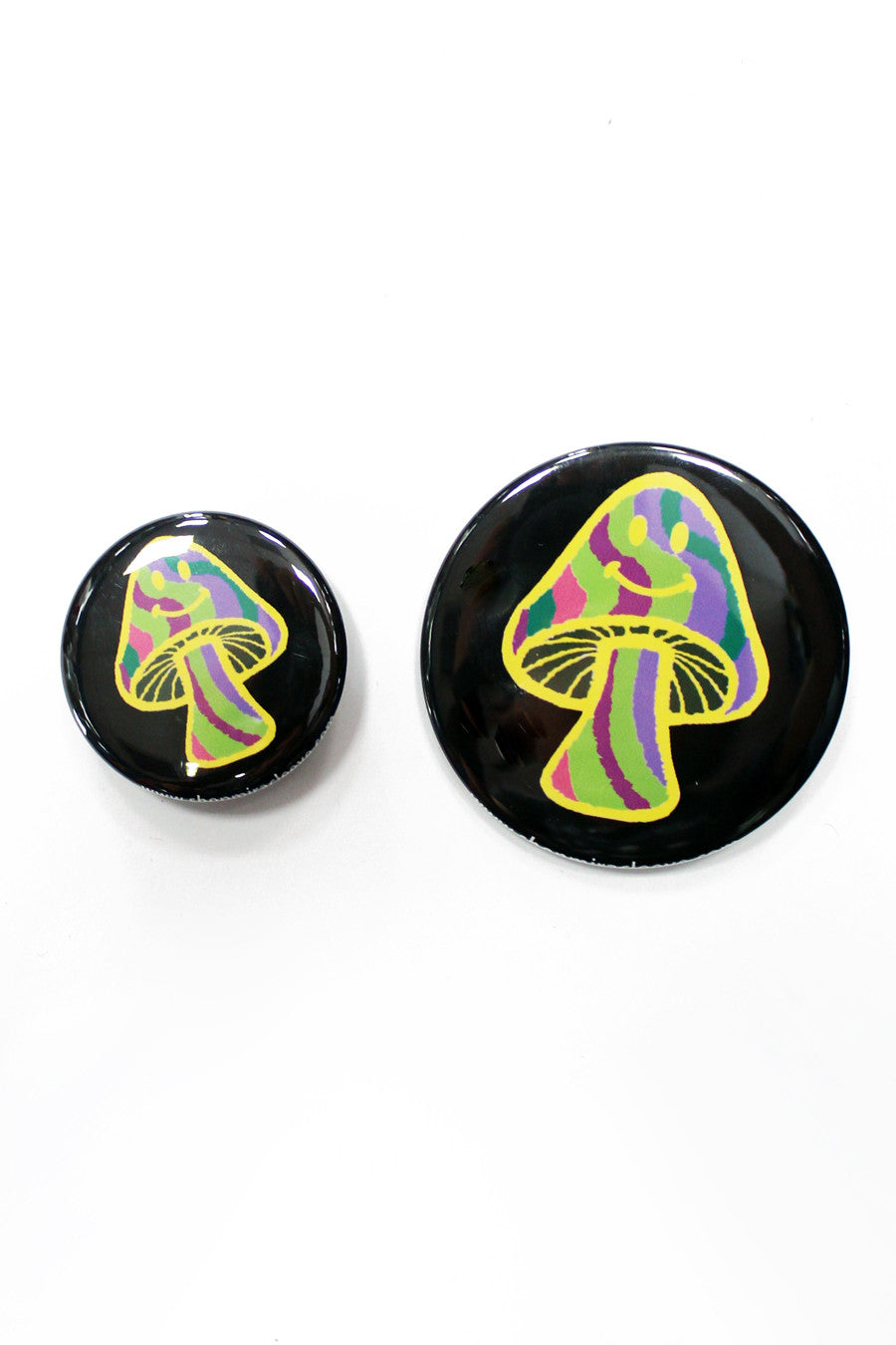 Magic Shroom Button in Black