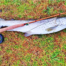 "Load image into Gallery viewer, Top Quality fibre glass fly rod 7'6"" #4"