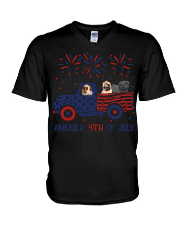 Truck Pug Firework With Amercian Flag Giving Pug Lovers At 4Th Of July Guys V-Neck