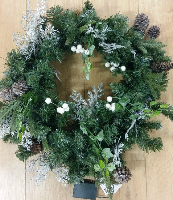LED Frosted Woodland Wreath 24
