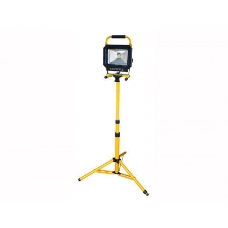 Tripod Site Light 1800 Lumen 110V