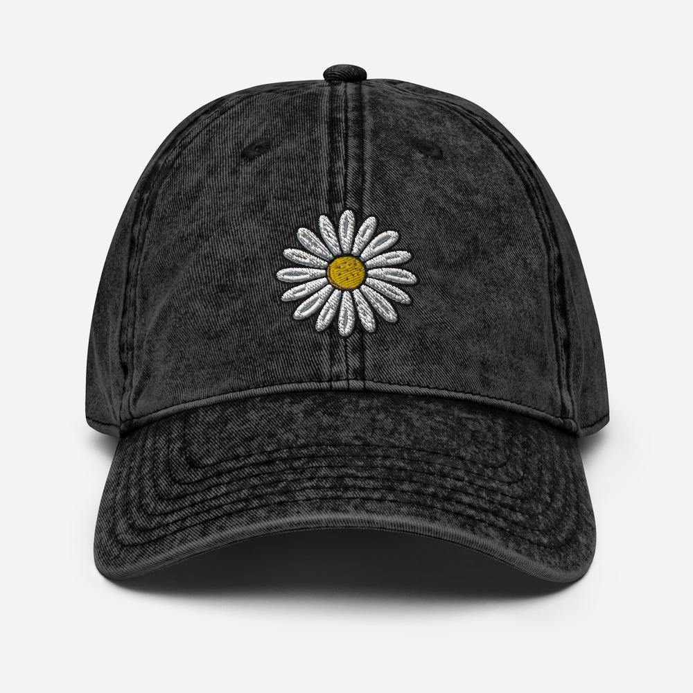 Vintage Daisy | Women's Baseball Hat - Clevr Designs - Vintage / Retro Style