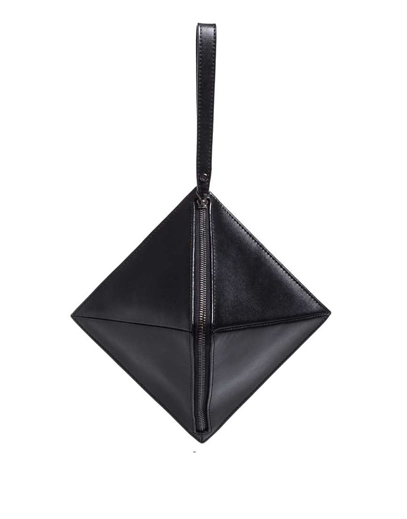 Philo Pyramid Clutch Black - Styleartist