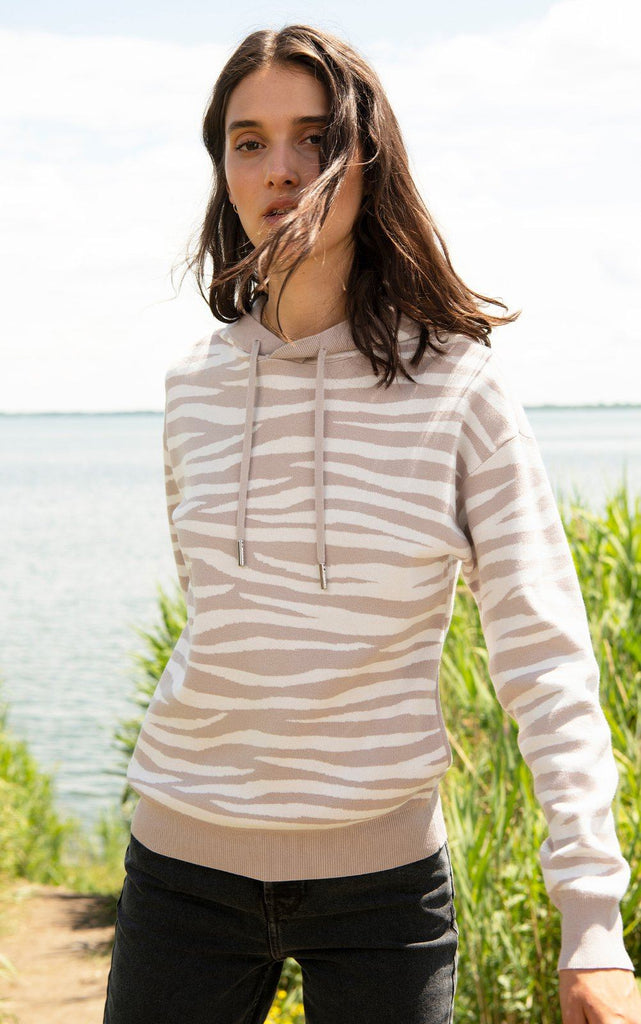 Soia & Kyo Leila Sustainable Zebra Pattern Jacquard Knit Hoodie- Pearl Off White - Styleartist