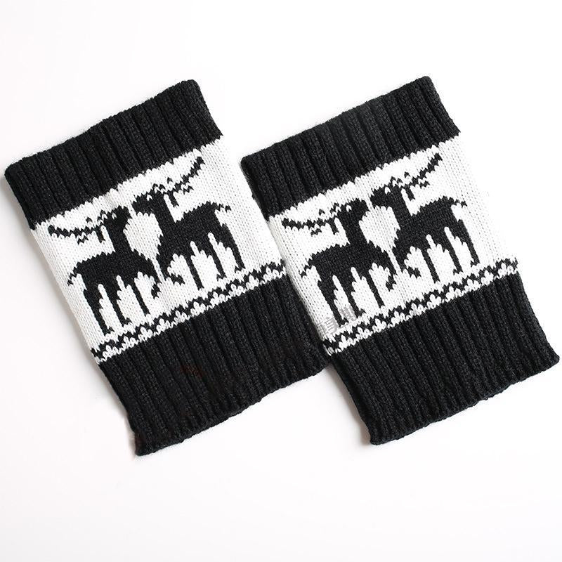Autumn Winter Knitted Color Matching Short Christmas Elk Pattern Socks