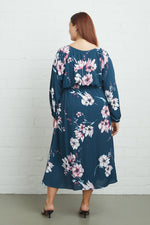 Load image into Gallery viewer, Crepe Yaritza Dress - Plus Size