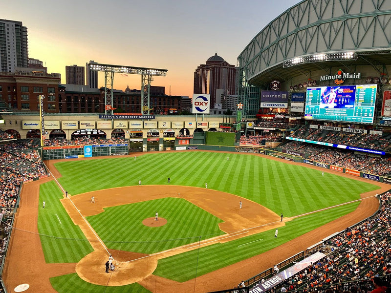 Ballpark Profile: Minute Maid Park
