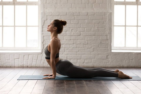 5 Best Yoga Poses to Strengthen and Stretch