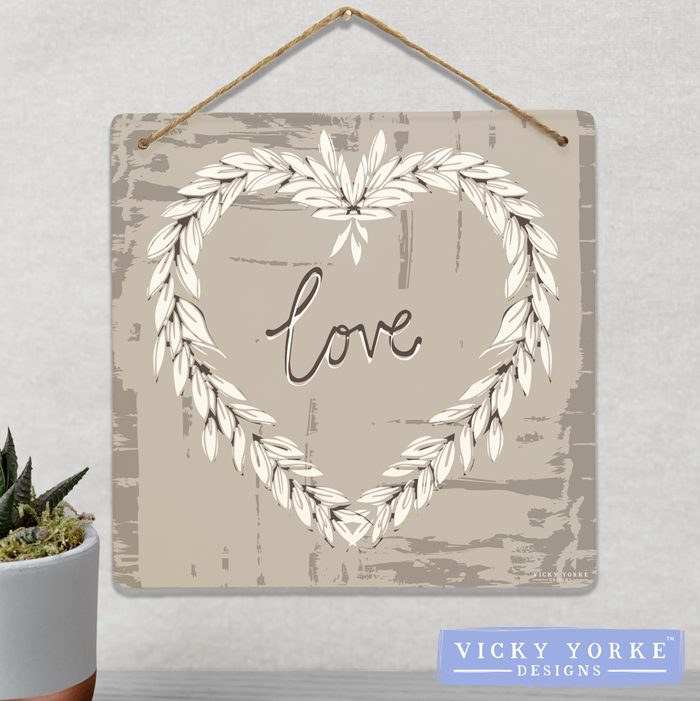 Wall Art / Metal Wall Hanging (Option To Personalise) - 'Love' Wreath
