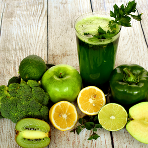 Green juice recipe for glowing skin