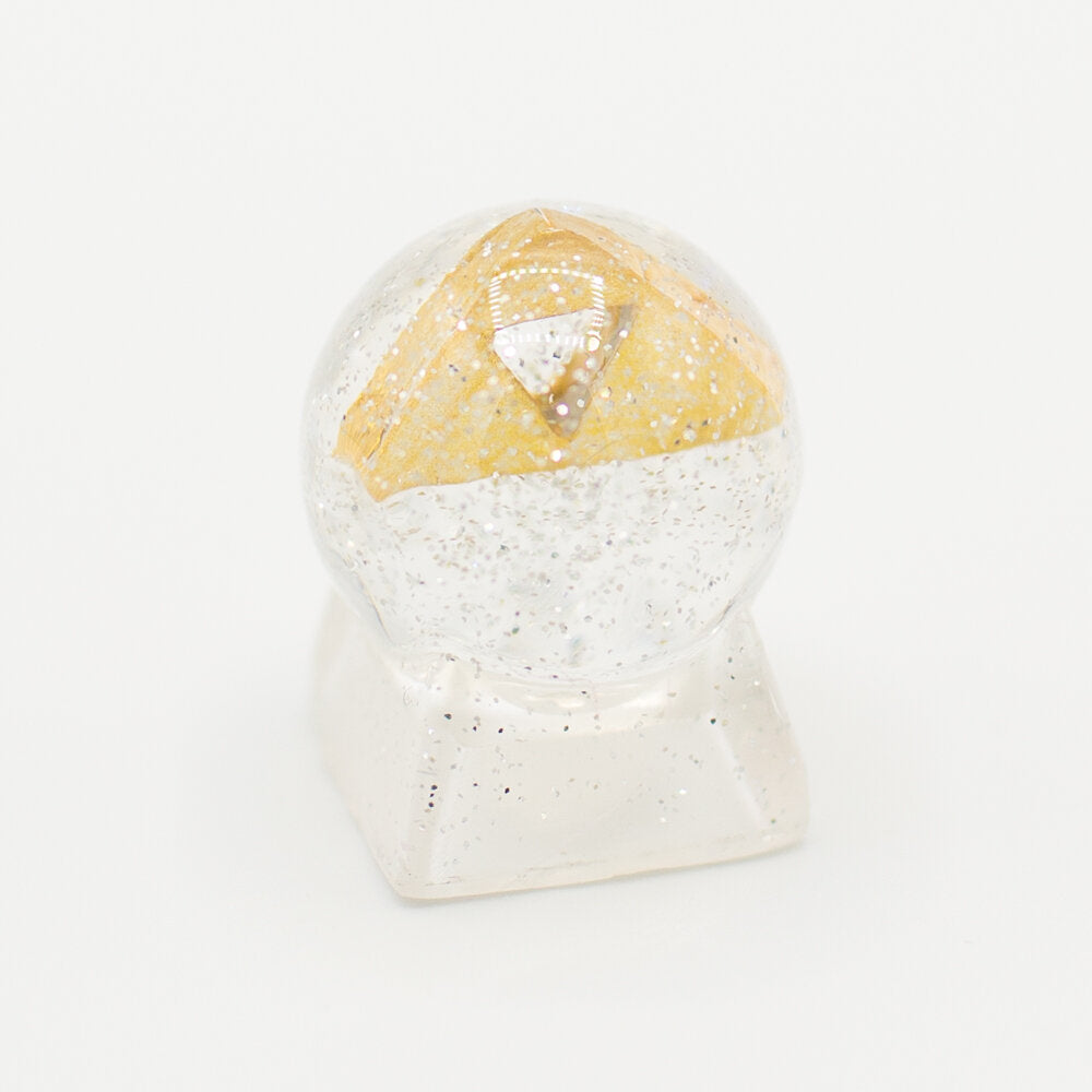 Triforce Globe Keycap