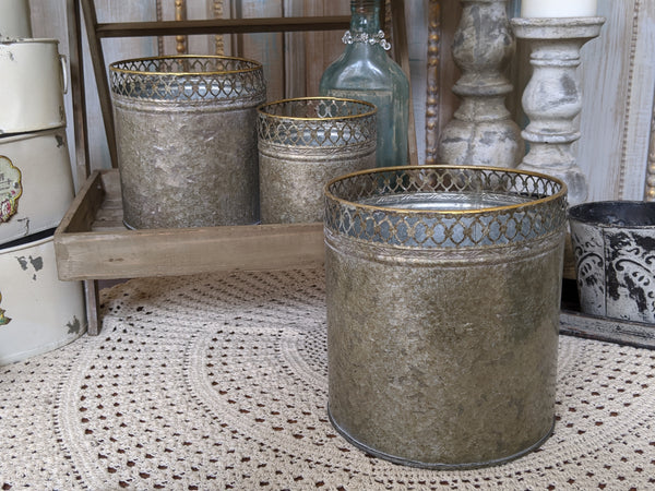 NEW French Grey Lattice Vintage Shabby Chic Set of 3 Planter Metal Baskets Pots Buckets Bin Pail