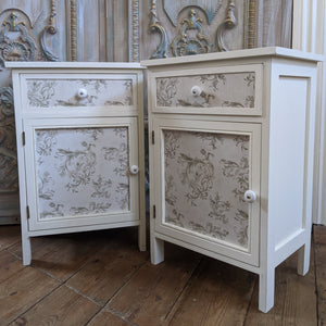 New Pair of VINTAGE Style WHITE French Louis Shabby Chic BED SIDE Lamp Sofa Table Cupboard
