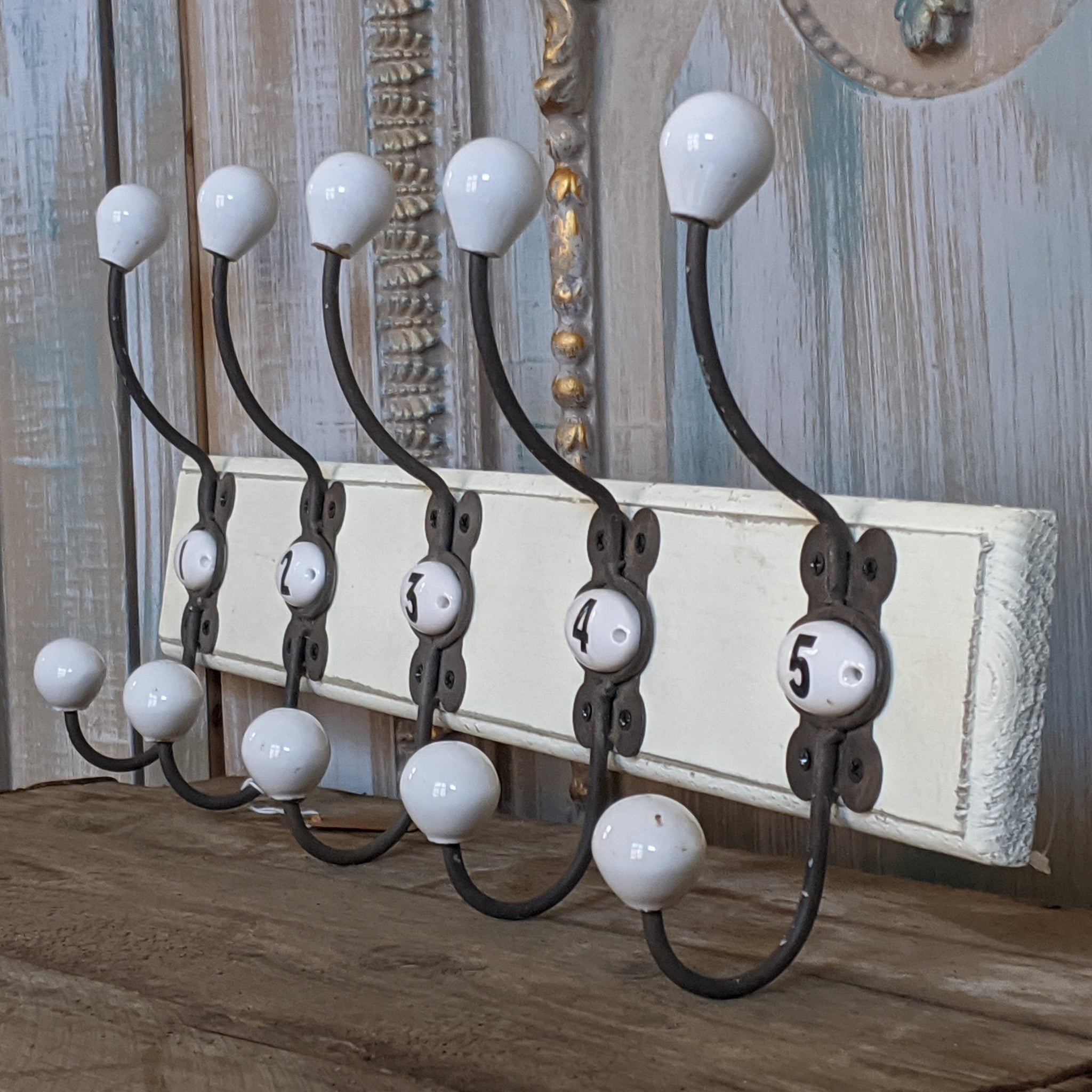 NEW Set of 1-5 Numbered Wall Coat Door HOOKS French Vintage Shabby Chic Wood Cream Rack
