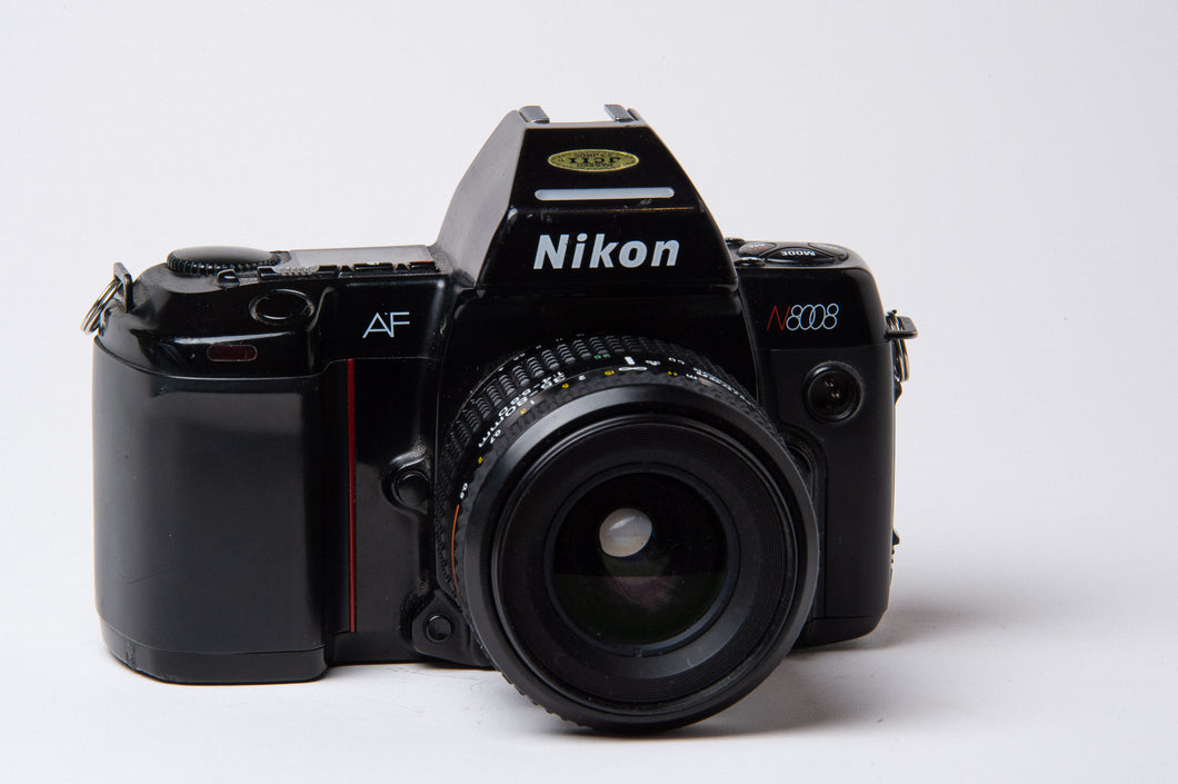 Nikon N8008 35mm film camera kit