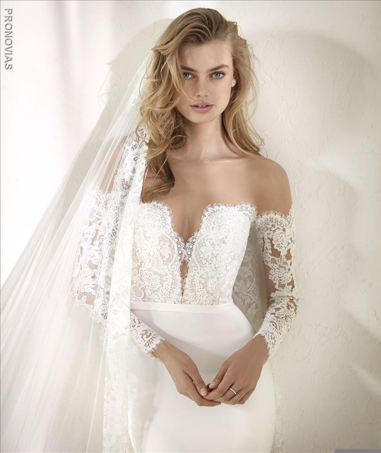 Pronovias Dracma a Mermaid Wedding Dress Illusion
