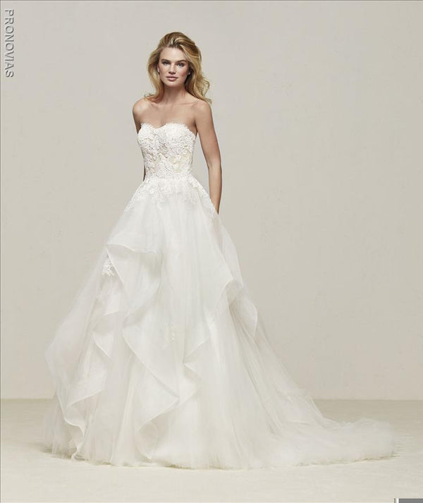 Pronovias Draval  Sweetheart corset sample sale